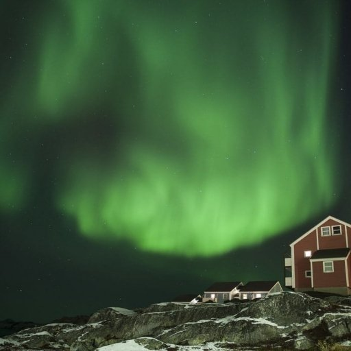 Weekend in the glow of the Northern Lights in Greenland
